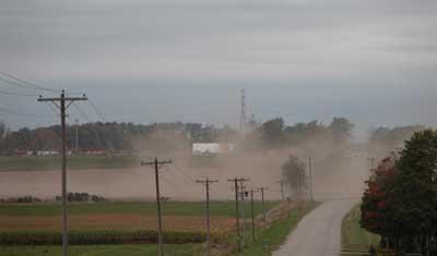 wind-erosion-farmfield