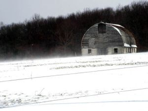snow-and-barn