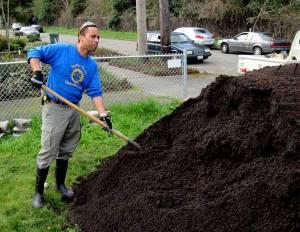shoveling-compost