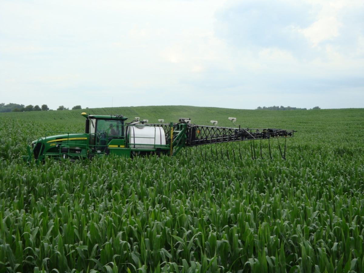 Why do farmers use fertilizers soils matter get the scoop for Uses of soil