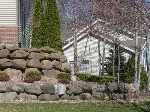 How do retaining walls work?
