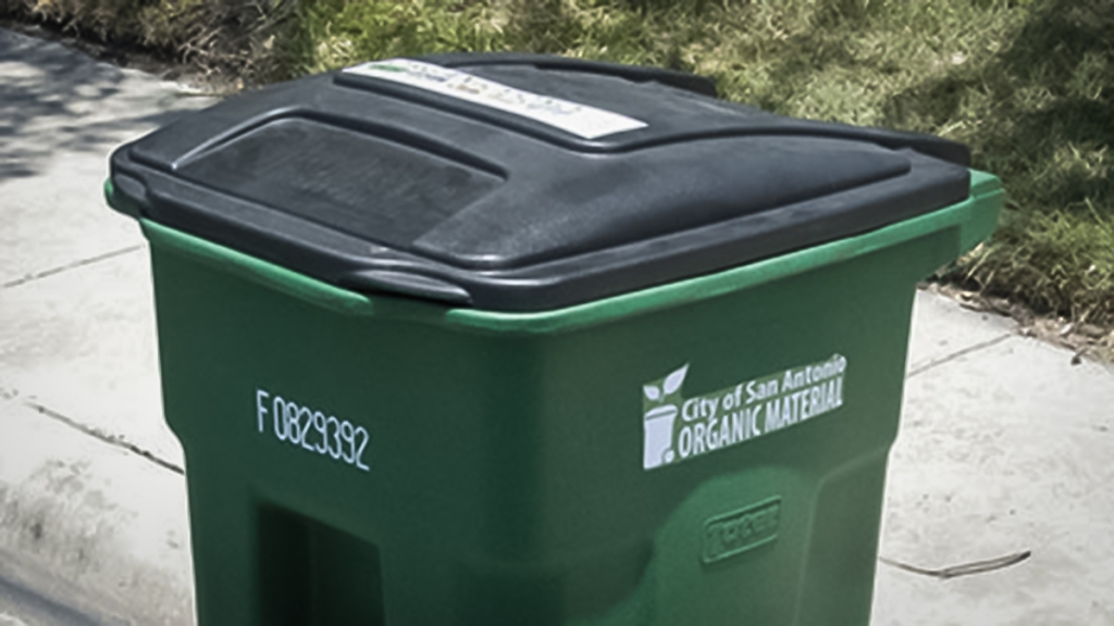 Recycling bin labeled for organic waste